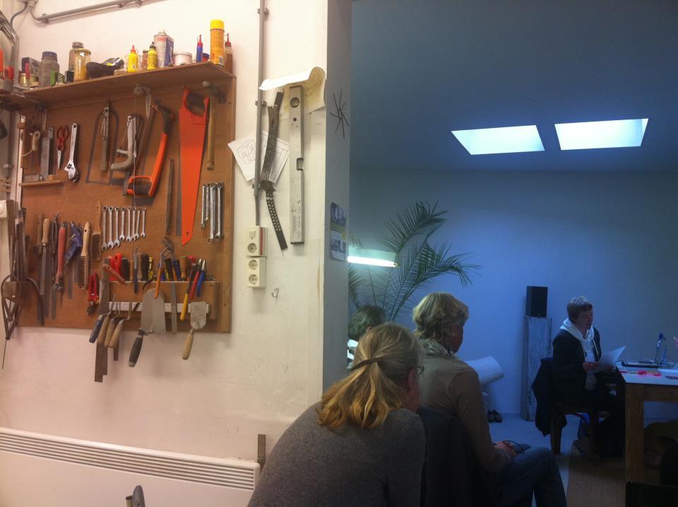 poet in the house, atelier paul van laere, the hague