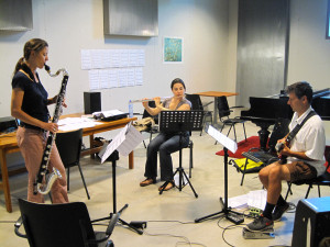 Rehearsal with Fie Schouten, Shanna Gutierrez, and Wiek Hijmans (playing sketches for 'Infinity Stairs' (2014) by Rozalie Hirs)