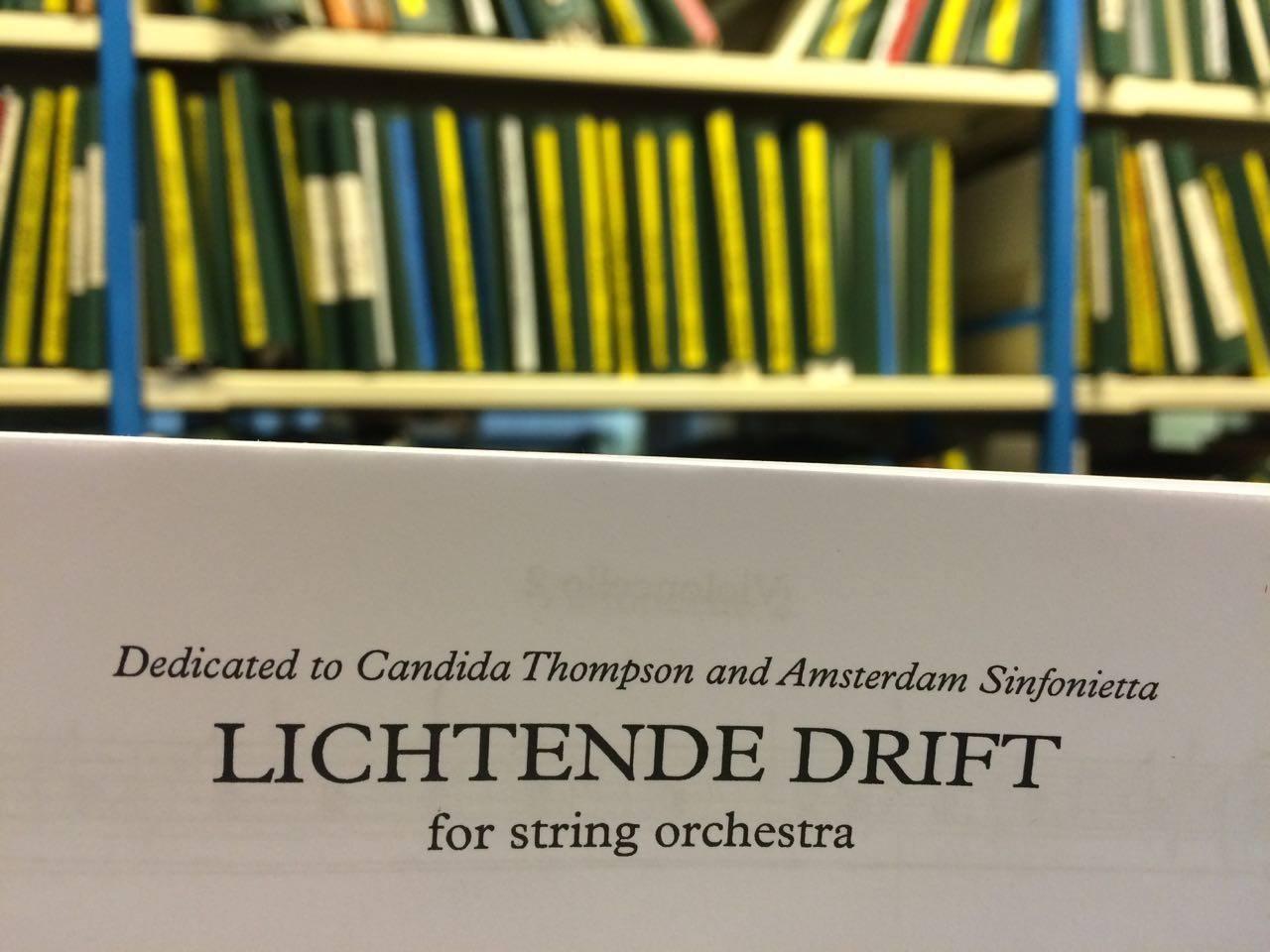 Rozalie Hirs: Closeup of the score Lichtende Drift (2014); Dedication to Candida Thompson and Amsterdam Sinfonietta, November 2014