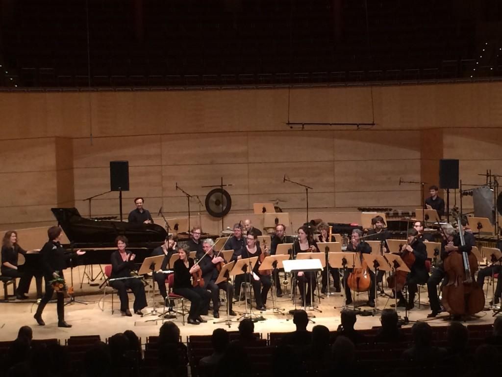 151108-RozalieHirs-premiere-AskoSchonberg-ReinbertdeLeeuw-Thehoneycombconjecture