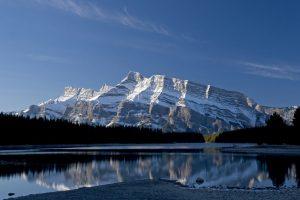 161106-Banff-Residence-Rozalie-Hirs